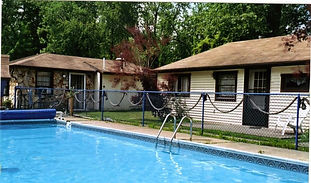 From Betty's HIGH Tide to Betty's LOW Tide Affair! 2-8 person units. Private In Ground Pool. Very family friendly & EVERYTHING is within walking distance. The old AJ's Cottages. Make your reservations today!