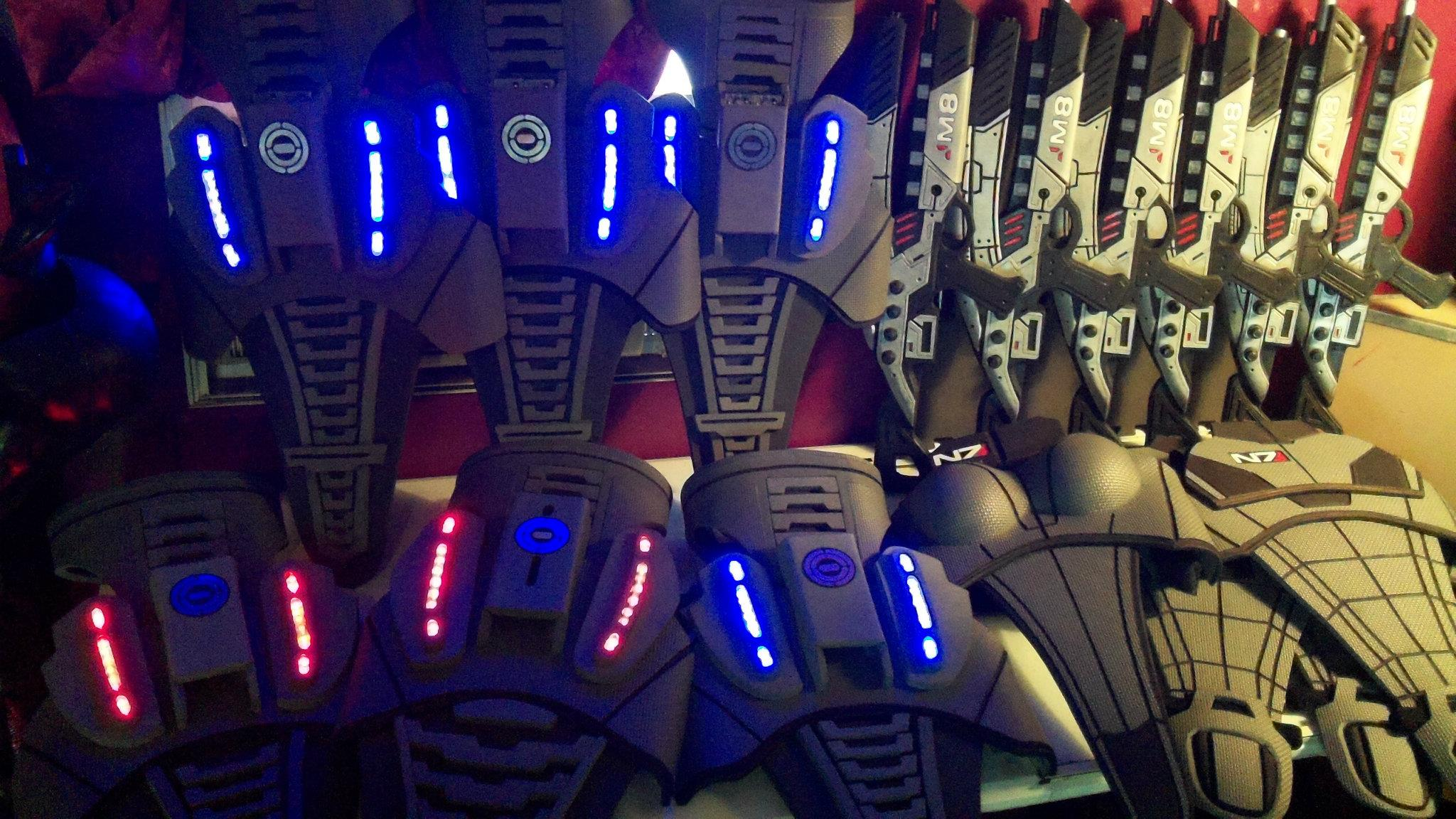 Mass Effect Armor & Weapons
