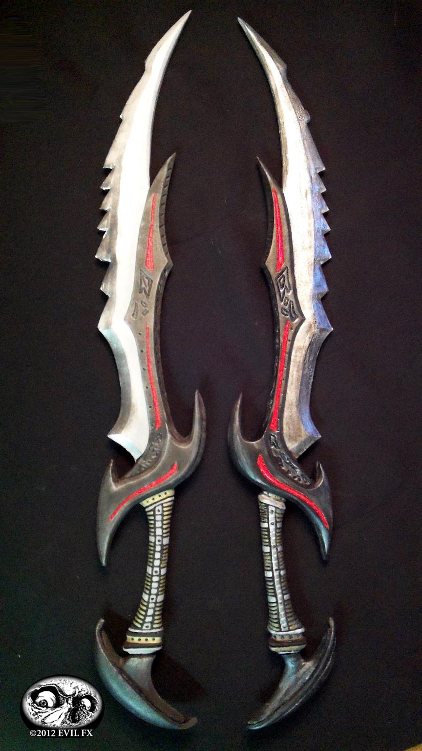 skyrim_daedric_swords_2_by_evil_fx-d4ni5xi.jpg