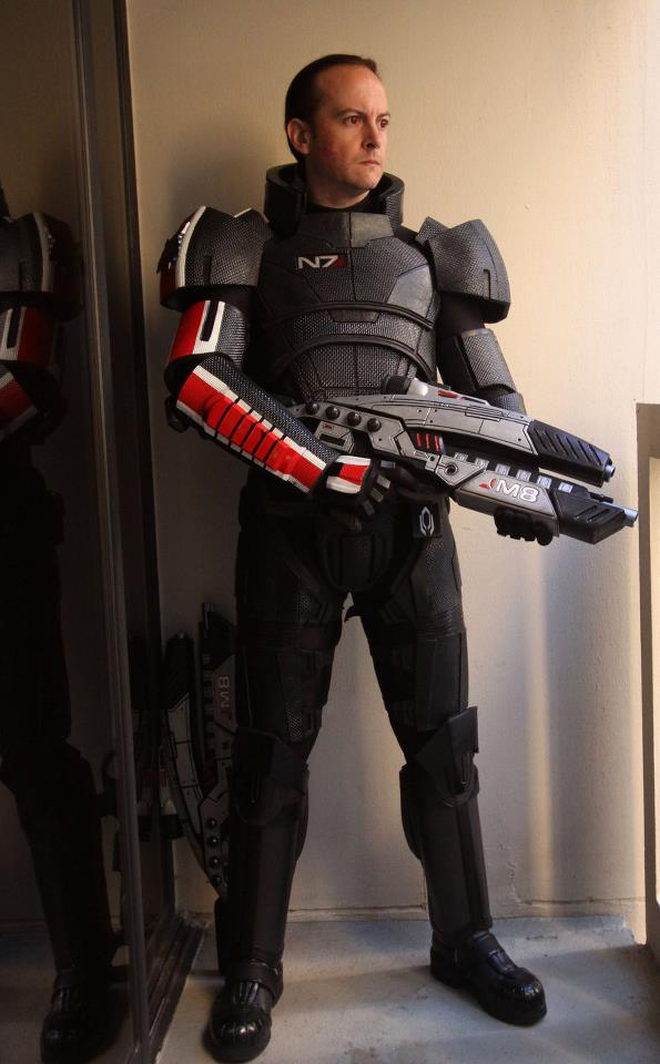 Male Mass Effect Armor and Rifle