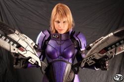 Female Shepard N7 Armor and Rifles