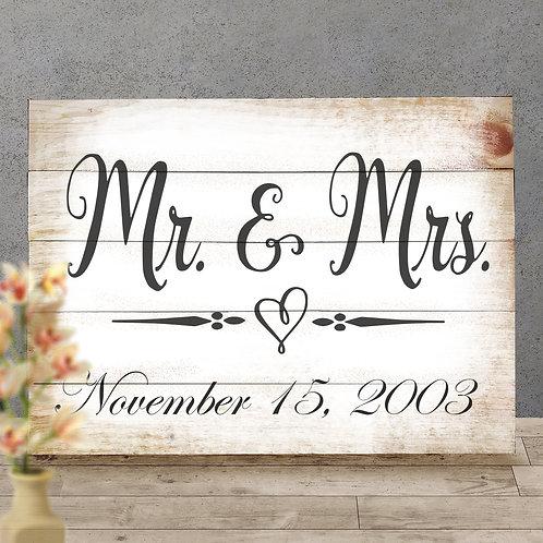 Custom Mr & Mrs - Wood Sign Experience