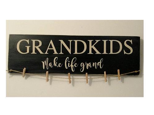Grand Kids Make Life Grand - Wood Sign Experience