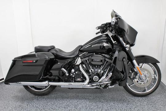 2015 Harley Street Glide CVO - $24,999