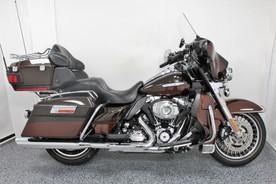 2011 Harley Ultra Limited FLHTK - $12,499