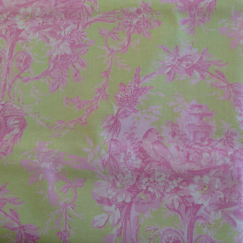 Melanie Green Pink