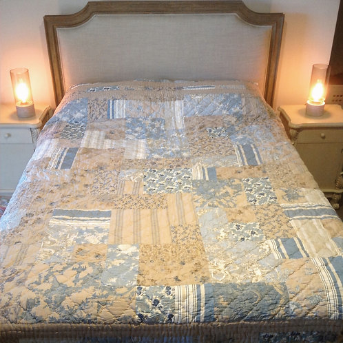 Hand Quilted Queen/King Quilt