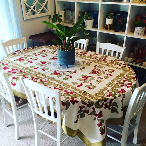 6 seat Rectangle Cherries Table Cloth