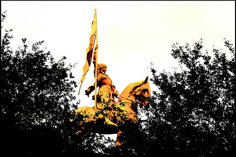 JEANNE D'ARC GOLD.jpg