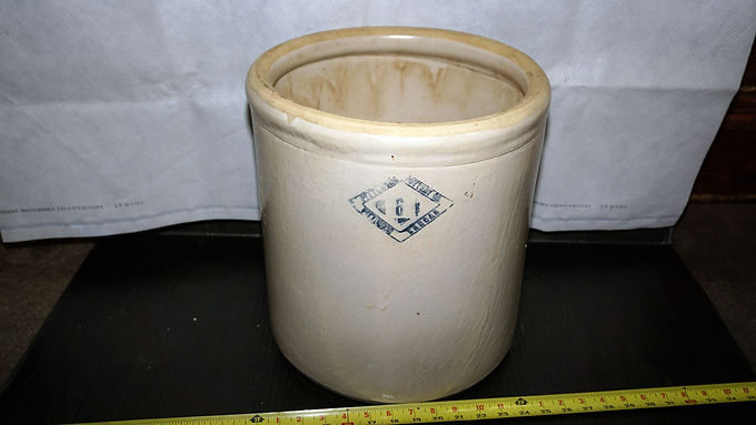 6 Gallons Stoneware Crock Mfg By Pittsburg Pottery Co - Kansas
