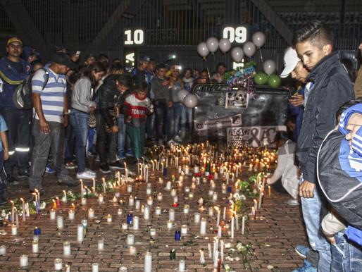 Hinchas de Millonarios rinden homenaje al Chapecoense
