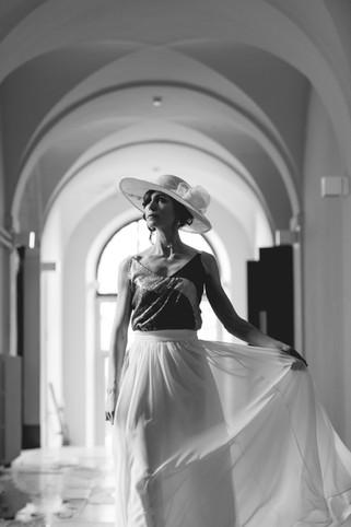 photo : Yoann.d_weddingphotographer Robes : L'aiguille du Lac Lieu : Anciens Thermes Aix les Bains