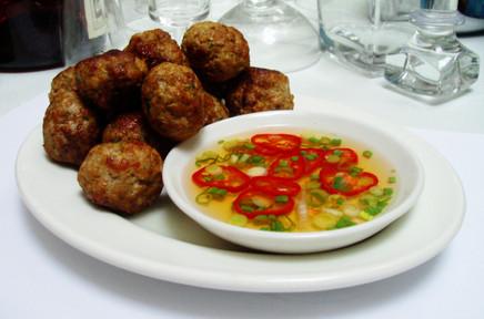 Lemongrass & ginger pork balls with chilli dipping sauce