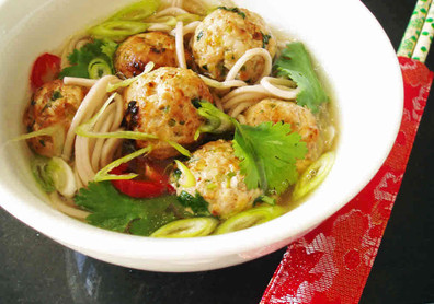 Chinese chicken meatball noodle soup