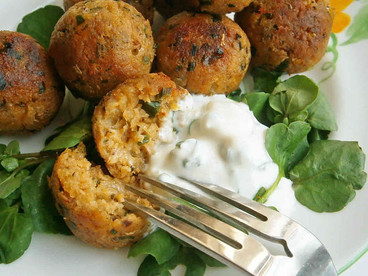 Quorn sausage, Cheddar, chive & spring onion balls with blue cheese soured cream dip