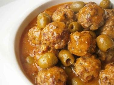 Spanish pork, beef, mild chilli meatballs