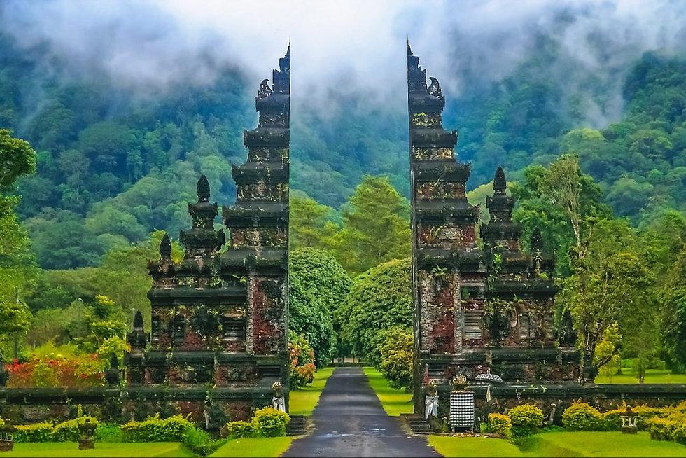 Indonesia-Bali-Temple-May-15-2017-iStock-e1563519099854.jpg
