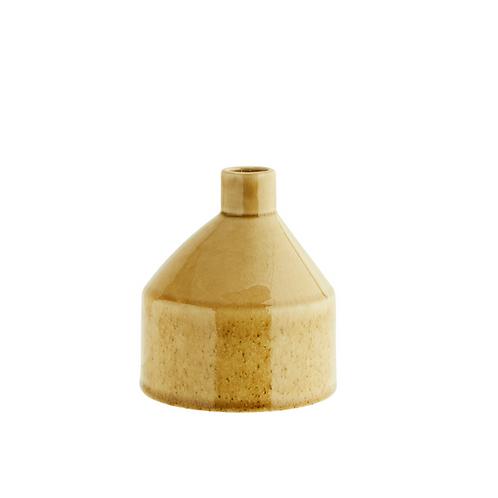 Vase en grès, couleur jaune
