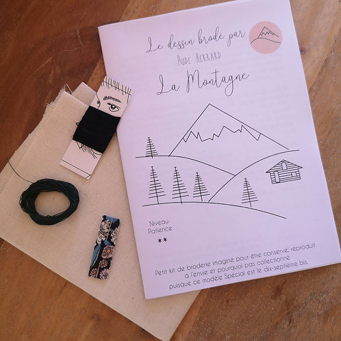 Kit à broder : la montagne