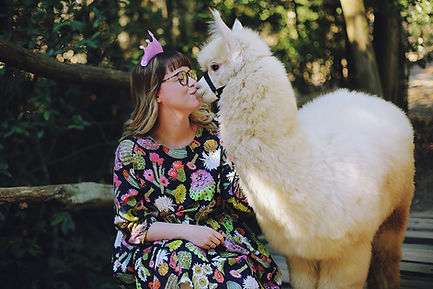 5_alpaca kisses.jpg