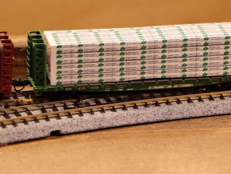 Athearn 53' Bulkhead Flatcars and How to Make Easy Lumber Loads
