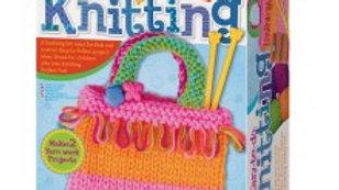 Easy to do Knitting set