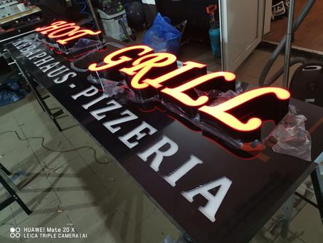 Hot Grill Kebaphaus Pizzeria Wetbeschilder & 3D Buchstaben