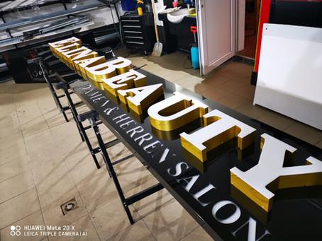 Elina Beauty Salon & Friseur 3D Buchstaben