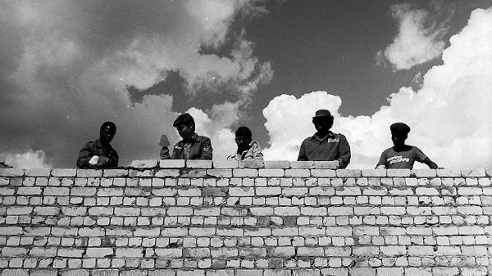 Стройотряд «Сандино» из Ивановской области. В нем работали студенты из Мозамбика, Никарагуа и Анголы. Источник: kommersant.ru