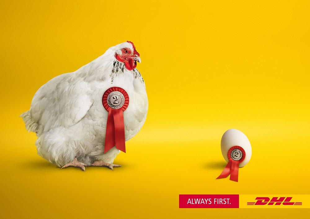 """""""Всегда первый"""". Экспресс-доставщик грузов DHL нашел ответ на одну из главных куриных загадок о том, что же было раньше - курица или яйцо."""