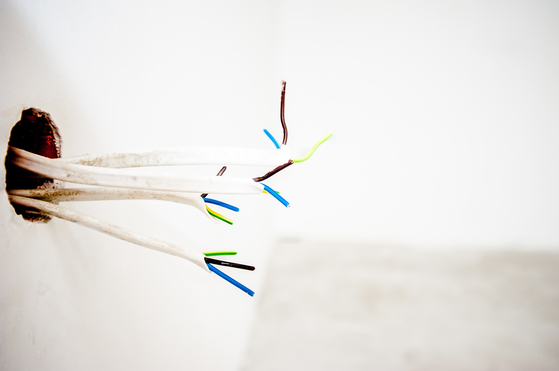 cables-1080569_1920
