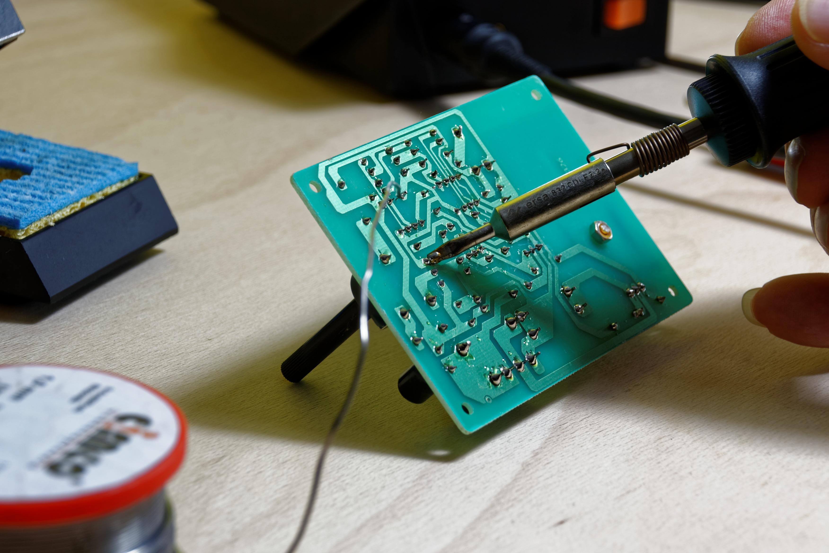 solder-1038523