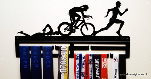 Triathlon Man edition medal hanger