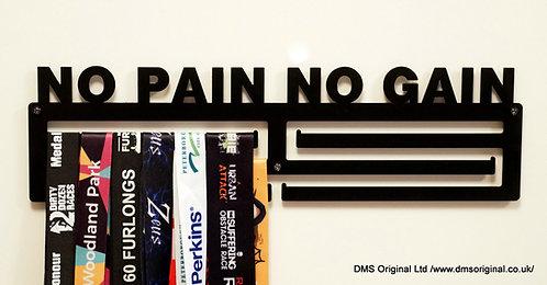 No Pain No Gain medal hanger - triple rail ( black )