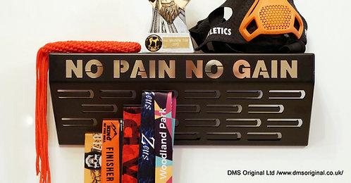 No Pain No Gain - shelf medal hanger