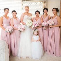 Throwback to these stunning beauties 💕The beautiful bride Kirstie and her bridesmaids ❤️ Makeup by