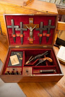 Vintage Vampire Kit