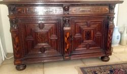 Cabinet on bun feet