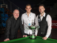 SnookerGala_Trump_Higgins_MG-9811.jpg