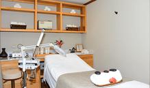 Ixora Spa Facial Room.png