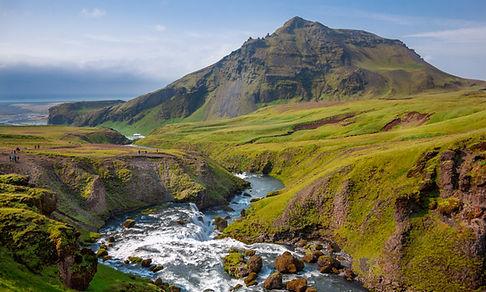 Montagne et Rivière
