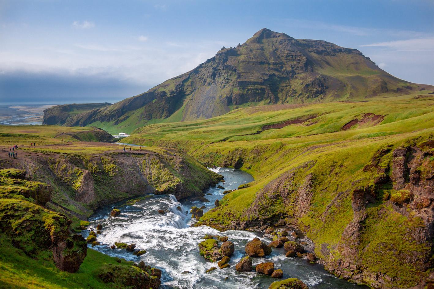 Montagna e il fiume