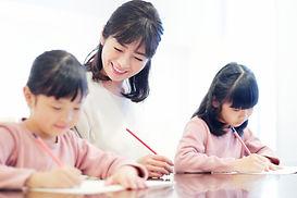 母親と勉強写真.jpg