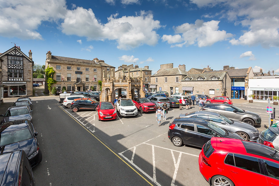 Kirkby Lonsdale Market Square Car Park.j