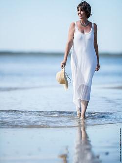 StaceyR lifestyle_beach9_web