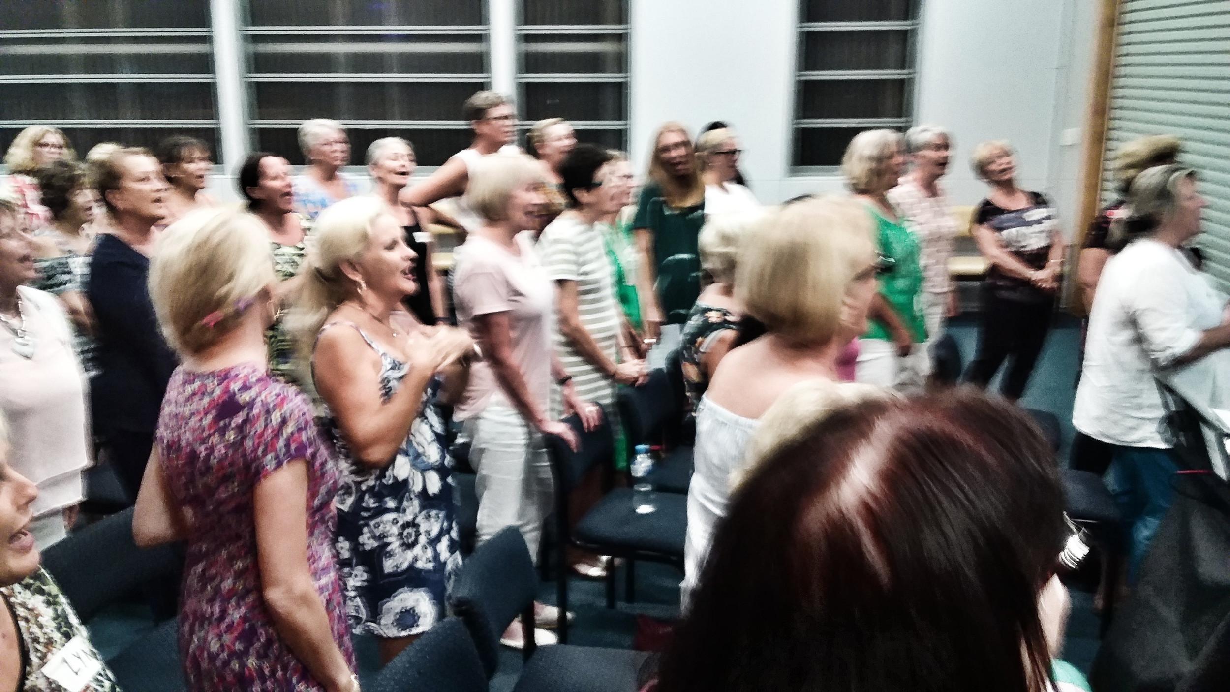 Frauen treffen in singen