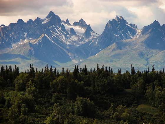 rocky-mountains-384683_1920.jpg