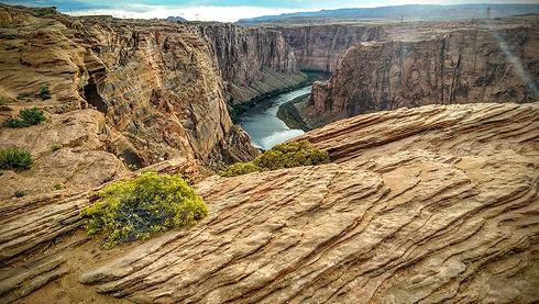 colorado-river-986351_1920.jpg