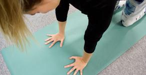 5 käytännön hyötyä joogasta korona-aikana