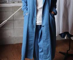 高城染工 blue in green「インディゴと水色の着心地の良い服」